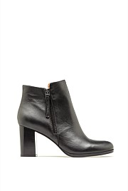 Dakota Zip Boot