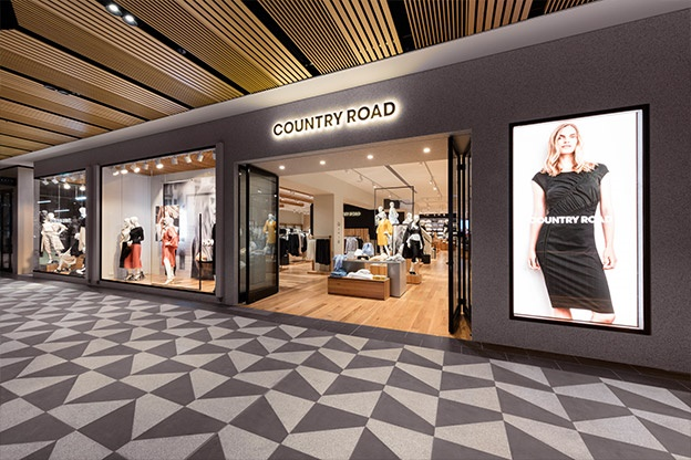Shop Country Road's entire lifestyle offering including: Woman, Man, Child and Home.